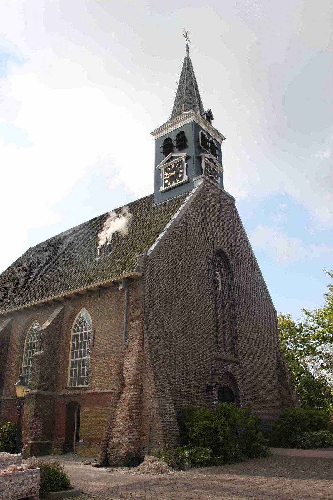 Bestand:Broek op Langedijk.Ned.Herv.Kerk.17 mei 2012.©JvN