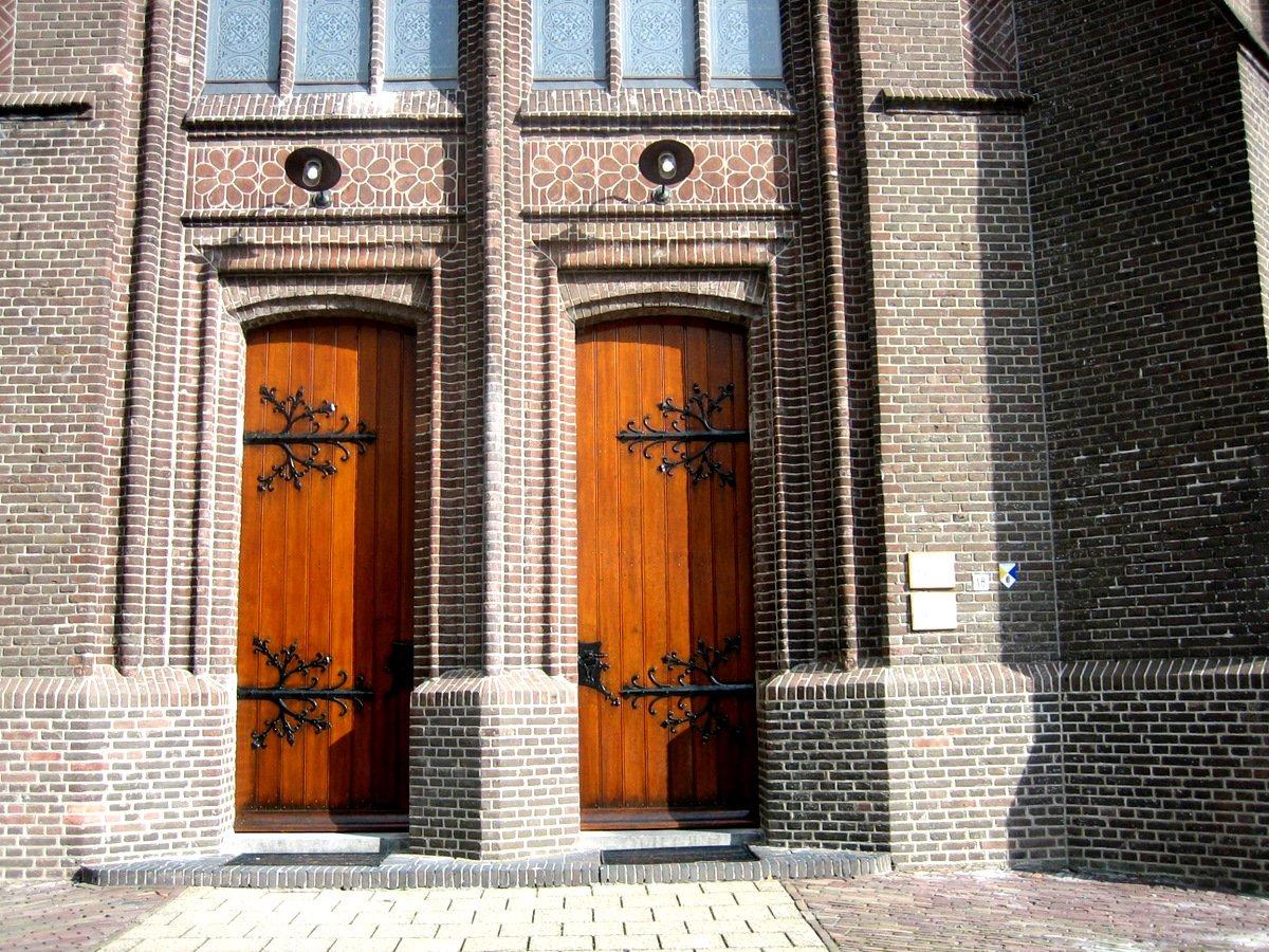 Bestand:Schalkwijk - Michaelkerk-1.JPG - Reliwiki
