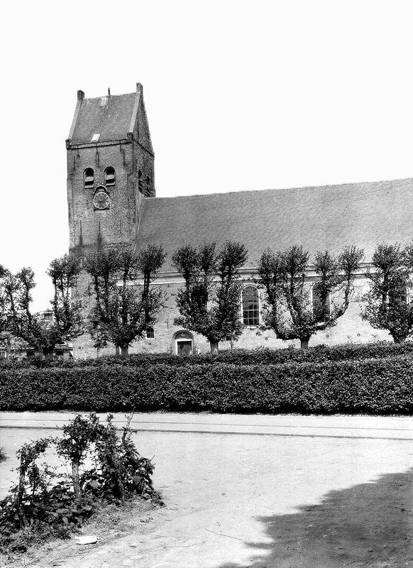 Bestand:Kimswerd, Greate Pierwei 11 - Laurentius RCE (1939 ...