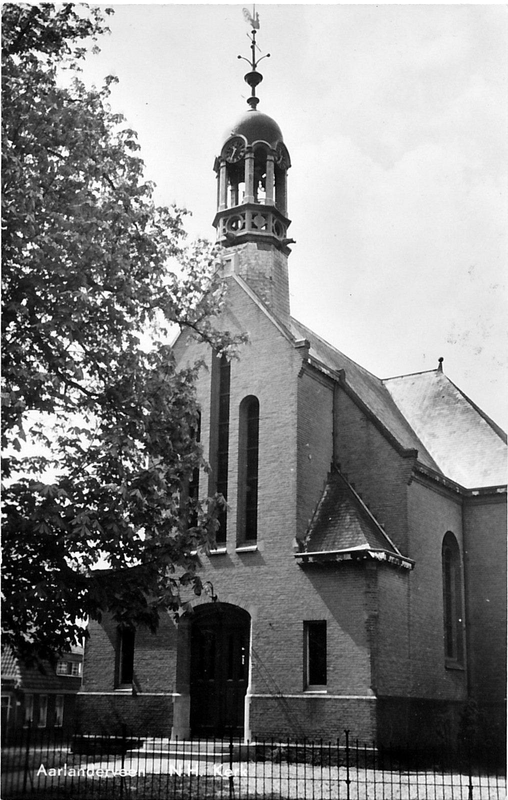 Afbeeldingsresultaat voor geschiedenis hervormde kerk aarlanderveen
